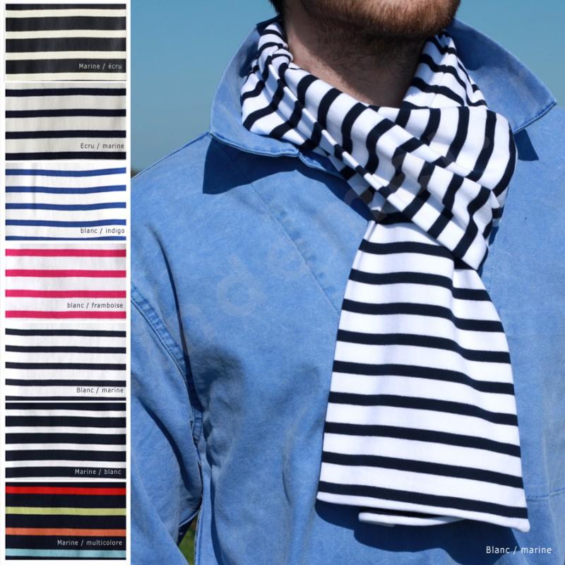 Écharpe marine bleu et noir pour breton